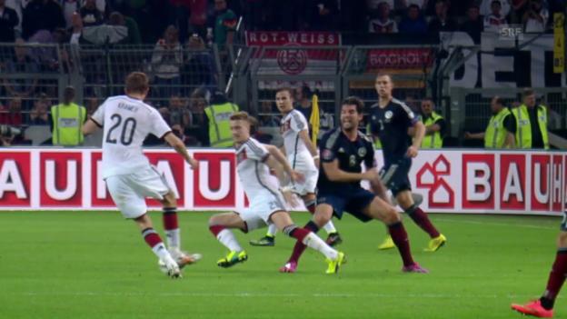 Video «Fussball: Die Verletzung von Marco Reus» abspielen