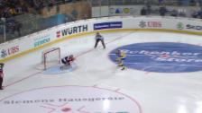 Video «Eishockey: Spengler Cup, Davos-Jekaterinburg, Penalty Alexandre Picard» abspielen