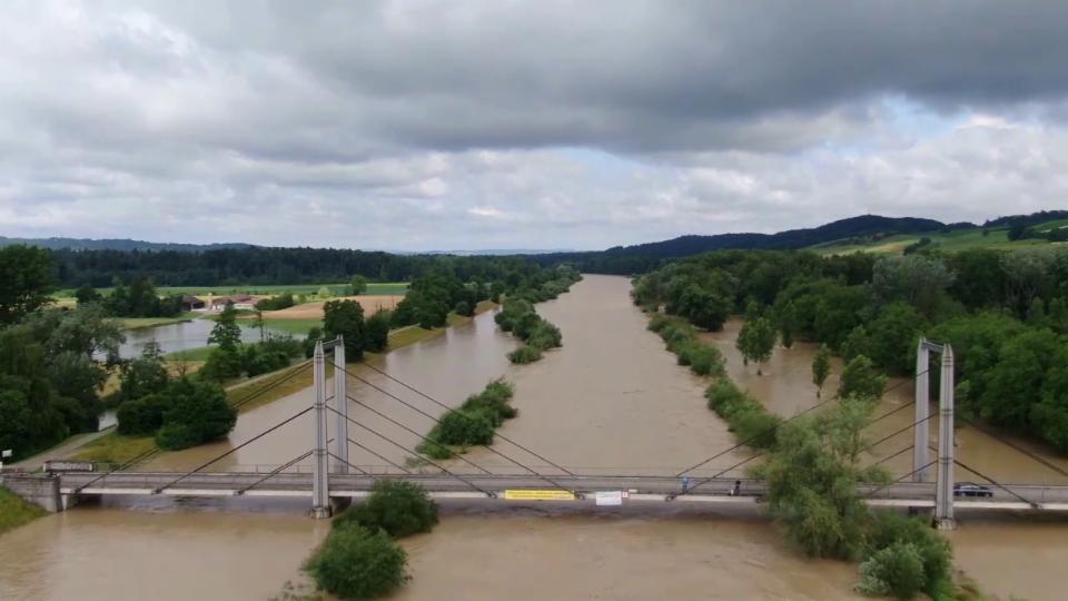 Thur mit Hochwasser in Altikon/ZH am 9. Juli 2021, #SRFMeteoVideo Christian Zürcher