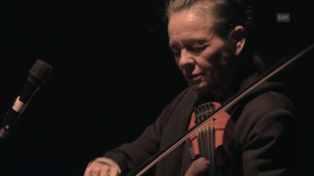 Video «Ausschnitt aus Laurie Andersons Performance am Woerdz» abspielen