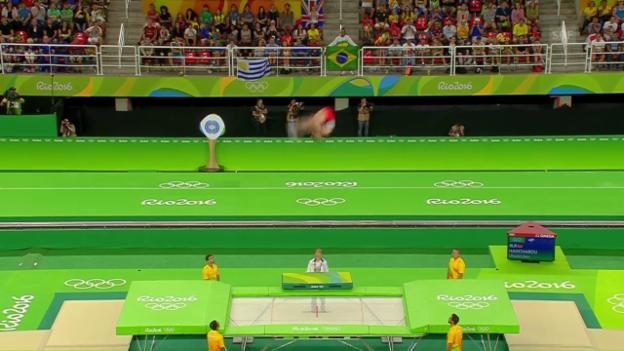 Video «Trampolin: Gold-Übung von Hantscharou» abspielen