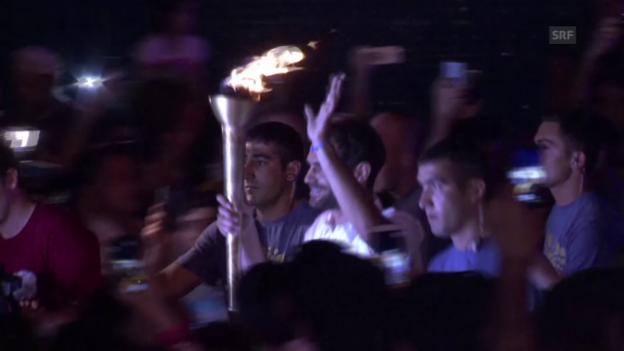 Video «Die Fackel der Europaspiele erreicht Baku» abspielen
