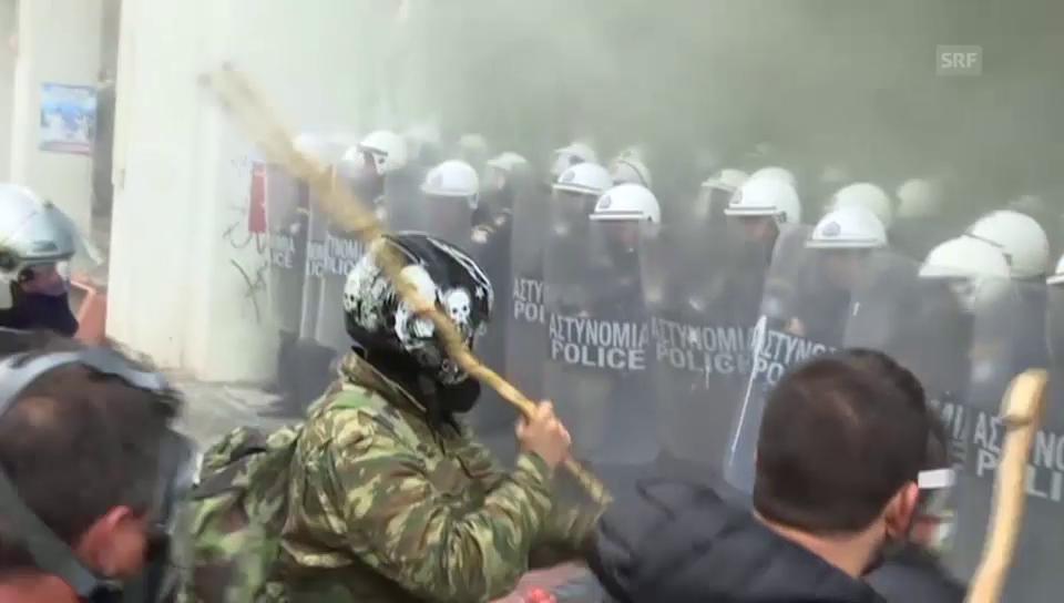Angriffe von Bauern gegen die Polizei in Athen (unkommentiert)