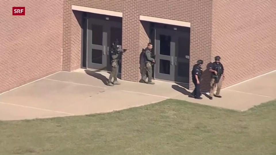 Mehrere Verletzte nach Schiesserei an Schule in Texas