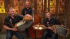 Video «Das Schwyzerörgeli-Trio «Vollgas»» abspielen
