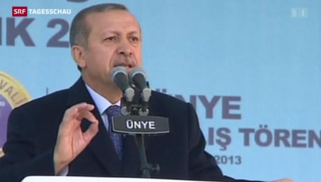 Video «Türkischer Ministerpräsident Erdogan unter Beschuss» abspielen