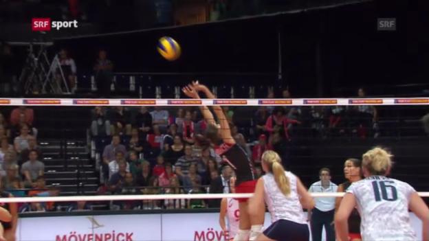 Video «Schweizer Volleyballerinnen unterliegen Frankreich («sportpanorama»)» abspielen