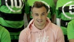 Video «Ein Fussballer mit eigener Show» abspielen