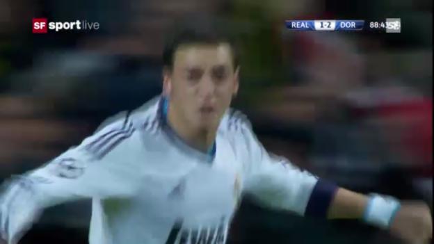 Video «Özils Tor gegen Dortmund in der Gruppenphase» abspielen
