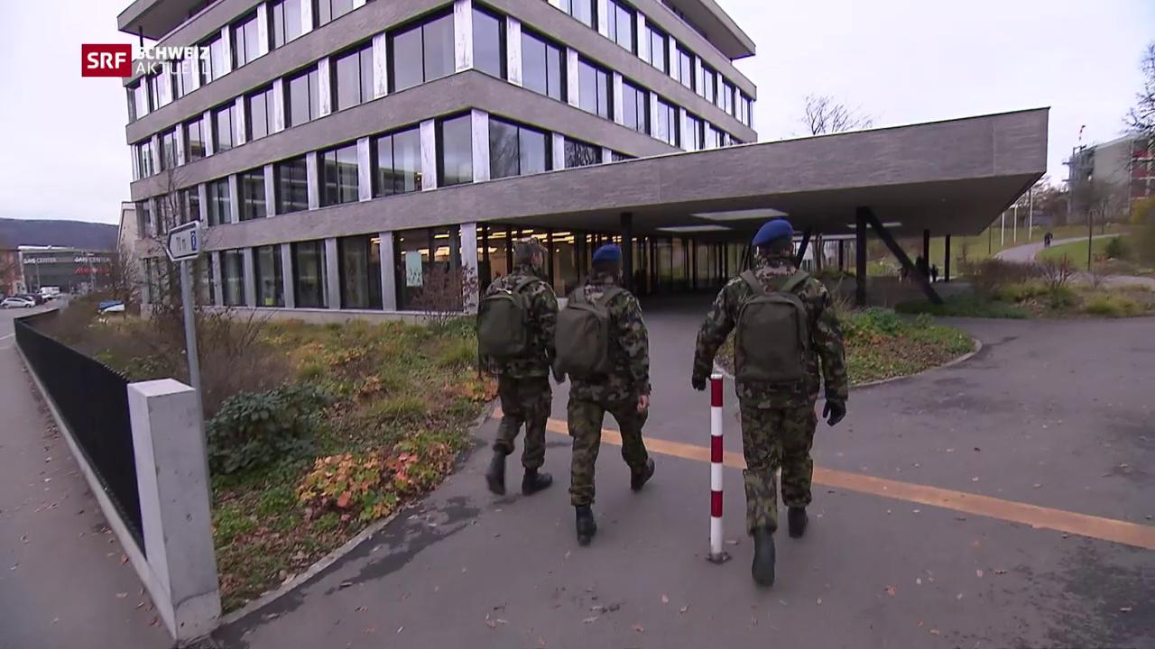 Soldaten üben Ernstfall im Spital
