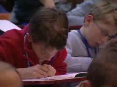 Video «Erste Vorlesung an der Kinder-Uni in Basel» abspielen