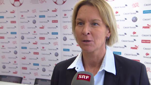 Video «Martina Voss-Tecklenburg bleibt der Schweizer Frauen-Nati treu» abspielen