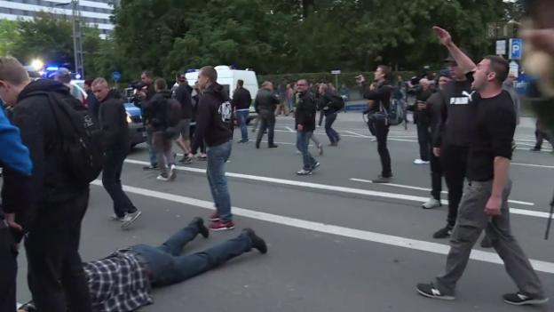 Video «Hitlergruss in Chemnitz, Unheilige Allianz, Jacqueline Badran» abspielen