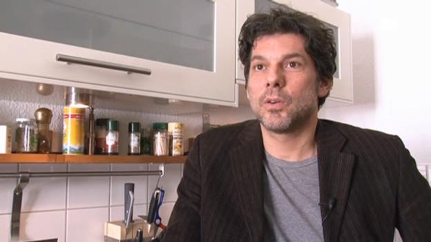 Video «Gregory B. Waldis über seinen Leben in Berlin» abspielen