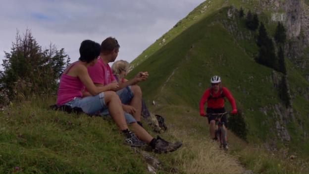 Video «Stress auf Wanderwegen wegen Mountainbikern» abspielen