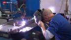 Video «Metall-Arbeiter bangen um Jobs» abspielen