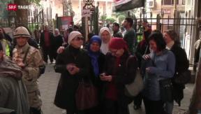 Video «Ägypten stimmt über Verfassungsentwurf ab» abspielen