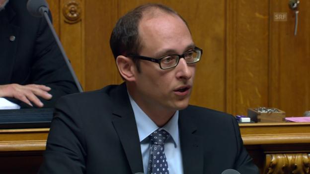 Video «Martin Candinas (CVP/GR): «SVP will SRG politisch steuern»» abspielen