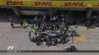Video «Hamilton schon wieder an der Box» abspielen