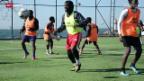 Video «Gestrandete afrikanische Fussballer in Istanbul» abspielen
