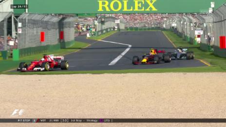 Link öffnet eine Lightbox. Video Vettel überholt – Wolff tobt abspielen