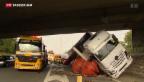 Video «Folgenschwerer Unfall im Raum Zürich» abspielen