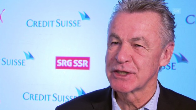Video «Ottmar Hitzfeld im Interview» abspielen