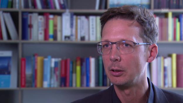 Video «Michael Hermann zum Ergebnis des Tourismus-Verbands» abspielen