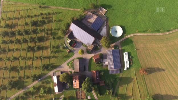 Video «Energiewende, Albert Rösti, Kampfzone Calais, Expats» abspielen