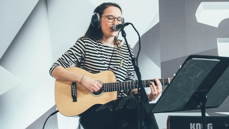 Veronica Fusaro «Hemmige» – SRF 3 Live Session