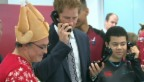 Video ««This is Harry speaking»: Prinz wird Telefonist für einen Tag» abspielen