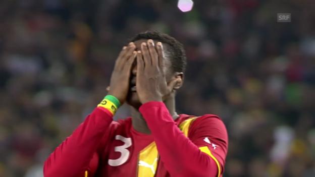 Video «Fussball: Luis Suarez' Handspiel und Asamoah Gyans Fehlschuss im WM-Viertelfinal 2010» abspielen
