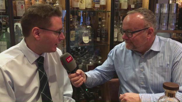 Video «Zu Besuch in der umfangreichsten Whisky-Bar der Welt» abspielen
