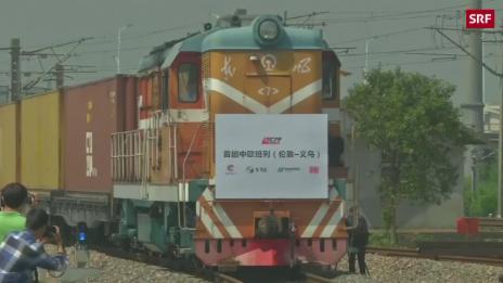 Link öffnet eine Lightbox. Video Güterzug aus London erreicht China abspielen