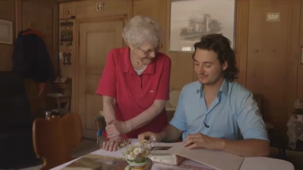 Video «Wie wird man Künstler? Mirko Baselgia mit seiner Grossmutter» abspielen