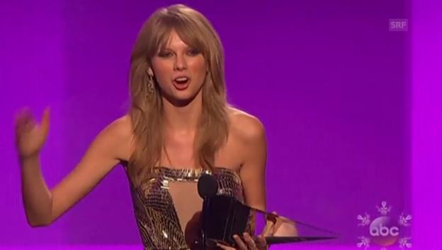 Video ««American Music Awards»: Gewinner und grosse Gefühle» abspielen