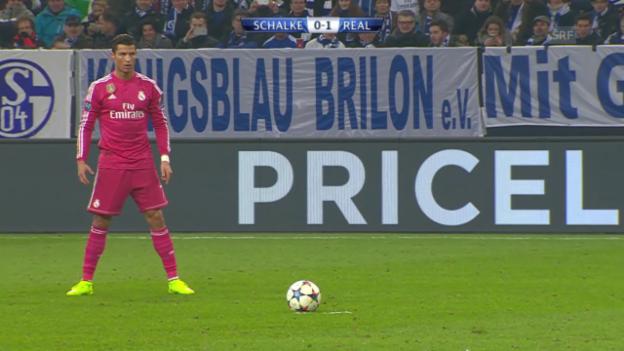 Video «Fussball: Ronaldos Freistoss gegen Schalke» abspielen