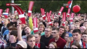 Video «Wladimir Putin – Demos zum Geburtstag» abspielen