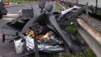 Video «Nidwalden: Drei Tote bei Unfall an Bahnübergang» abspielen