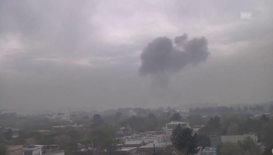 Dunkler Himmel über Kabul