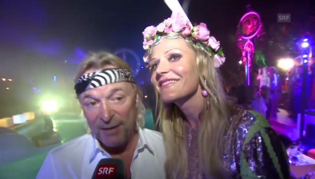Video «Promis feiern in St. Tropez den Hippie-Sommer» abspielen