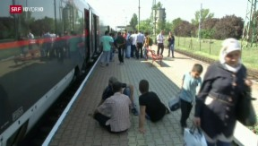 Video «FOKUS: Ungarn lässt Flüchtlinge weiterreisen» abspielen