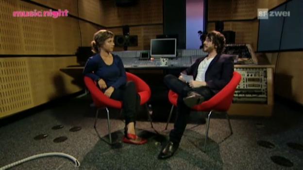 Video «Anna Aaron: Interview Teil 2» abspielen