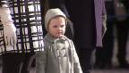 Video «Prinzessin Estelle stiehlt Mama die Show» abspielen