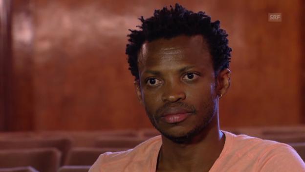 Video «Faustin Linyekula will seinen Zorn gegen Mobutu ablegen.» abspielen