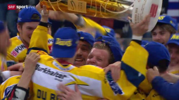 Video «Eishockey: Playoff-Final, ZSC Lions - Davos: Emotionen pur: Die letzten Spielsekunden und die Pokalübergabe» abspielen