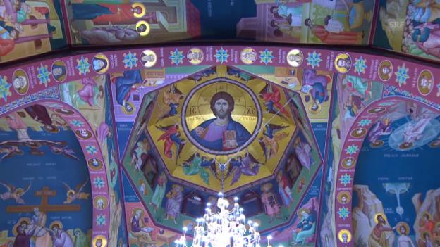 Video «Einblick in die serbisch-orthodoxe Kirche Belp» abspielen