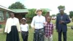 Video «Madonna auf Malawi-Visite» abspielen