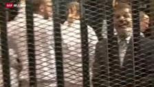 Video «Mursi vor Gericht» abspielen