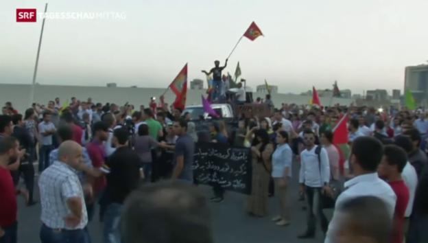 Video «Demonstranten verurteilen Angriffe auf PKK» abspielen